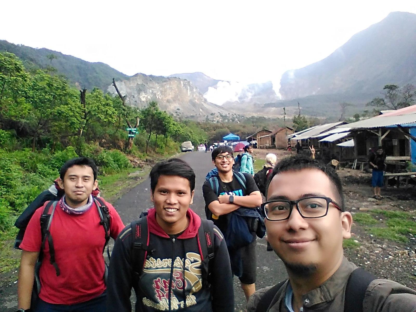 Perjalanan Hati Part ke sekian – Gunung Papandayan